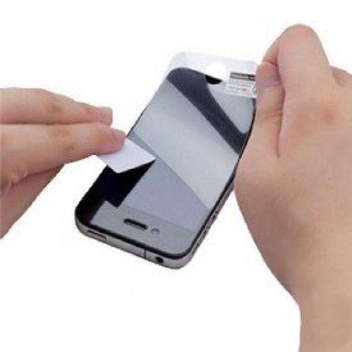 Как наклеить пленку на телефон своими руками